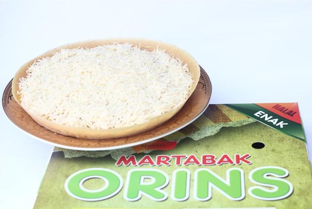 Martabak Orins Keju Spesial termasuk martabak paling enak di Jakarta yang bisa dibeli melalui Martabak Orins.