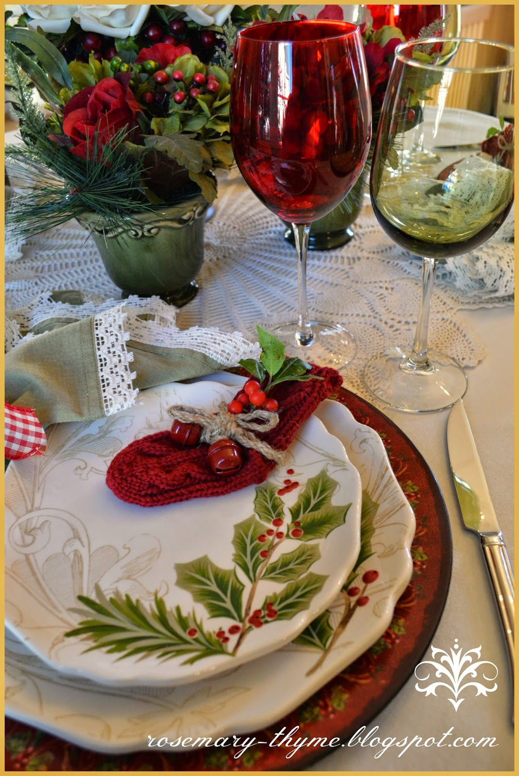 tablescapes christmas table inspiration