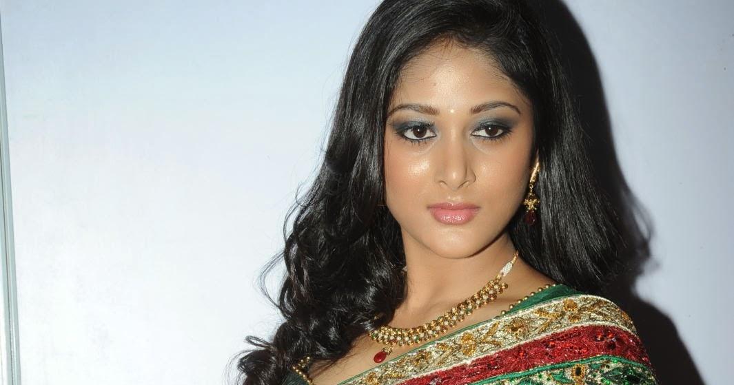 Sushma Raj Latest Sizzling Photos Gallery - HD Latest Tamil Actress ...
