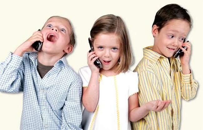 ¿A que edad conviene que tus hijos tengan su propio celular?