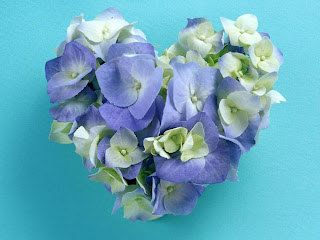 corazon flores azules