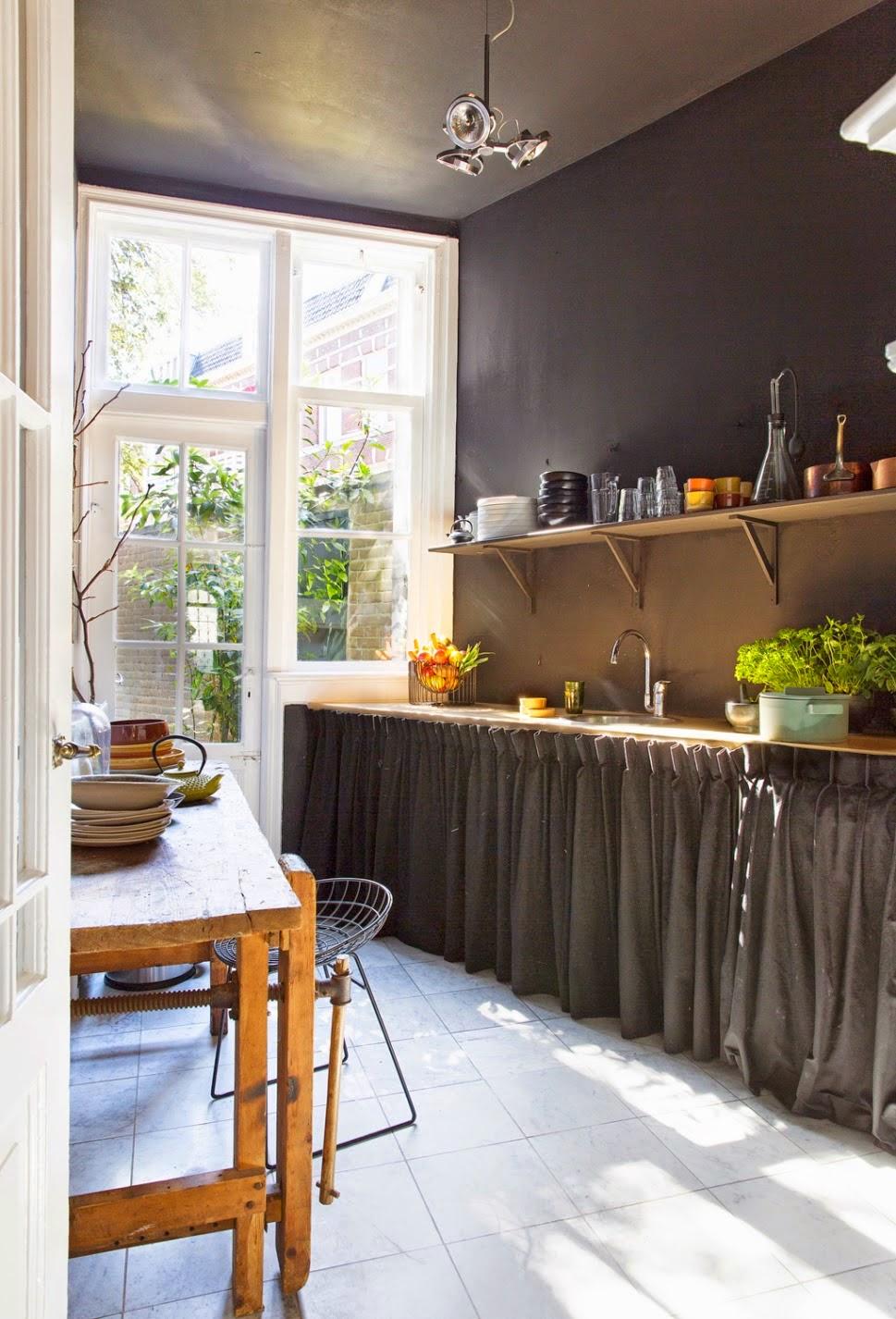 Carlota mam cocina r stica muy contempor nea for Cocinas contemporaneas 2015