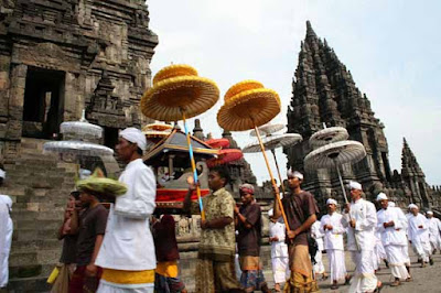 Lord Shiva, Hanuman, Hinduism, Candi Prambanan, Hindu temple, Vishnu, Brahma, Ramayana, Hanuman, Yogyakarta, Beautiful Hindu temple, Jokowi