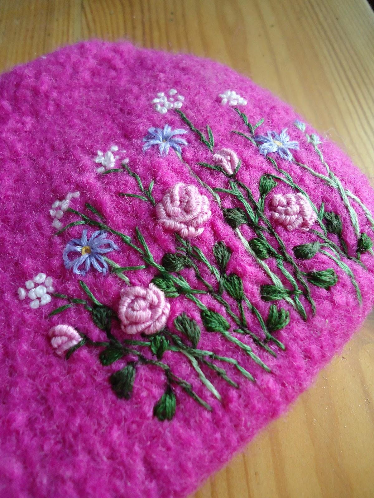 Knitting Rose Stitch : Knit n pearl bullion stitch roses