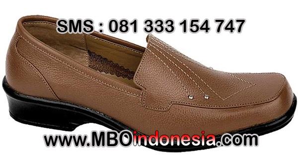 Model Sepatu Perempuan