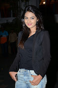 Neha deshpande new photos-thumbnail-9
