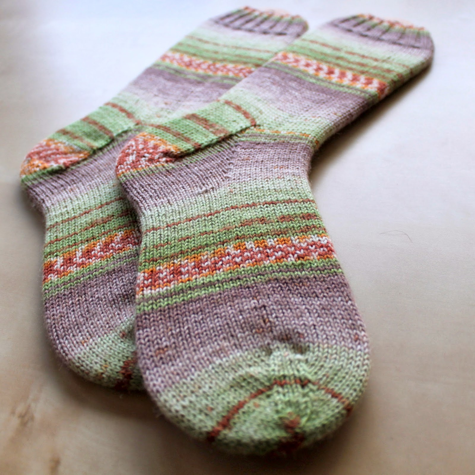 Hand Knitted Things: \'Sweet and Spicy\' Opal Sock Yarn Review