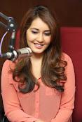 Raashi khanna latest glamorous stills-thumbnail-6