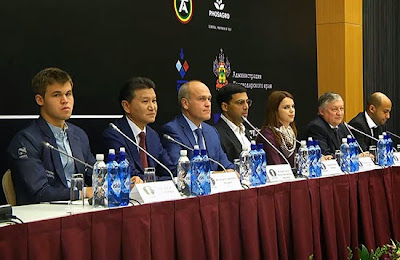 La conférence de presse du championnat du monde d'échecs 2014 - Photo © site officiel