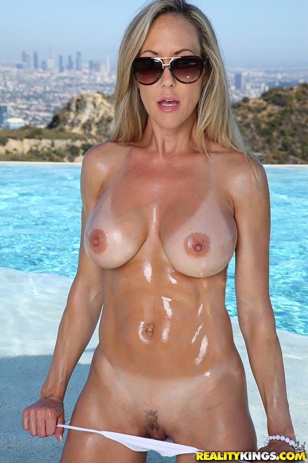 naked women of ufc