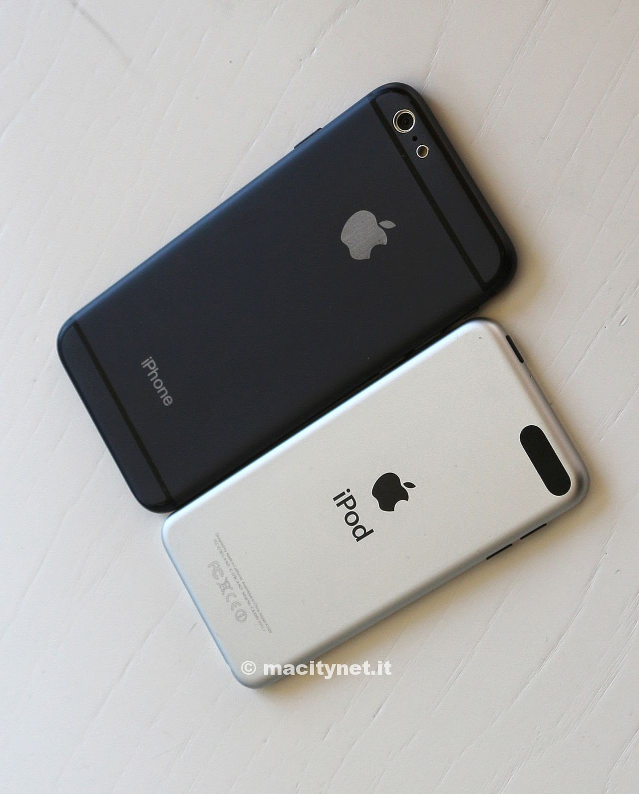 Comparison between the iPhone 6 and the iPod Touch 5G