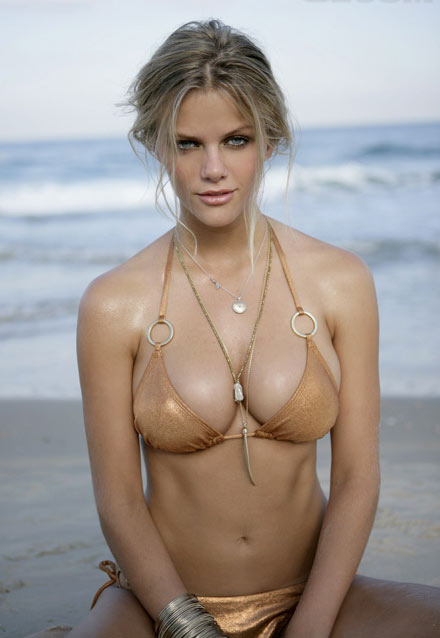 Blonde Supermodel Brooklyn Decker Magazine Covers, Fashion Campaigns, ...