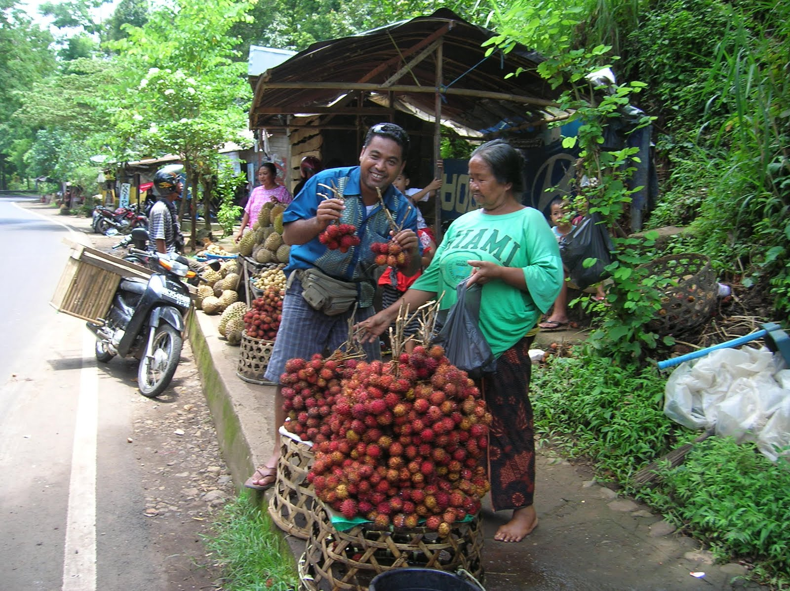 Rambutan, Isla de Bali,Indonesia, vuelta al mundo, round the world, La vuelta al mundo de Asun y Ricardo