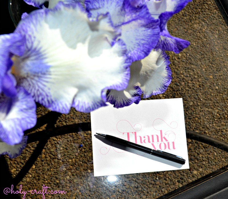 here is my sample thank you note for my friend that gave me flowers dear megan thank you so much for the beautiful flowers they made my smile every time