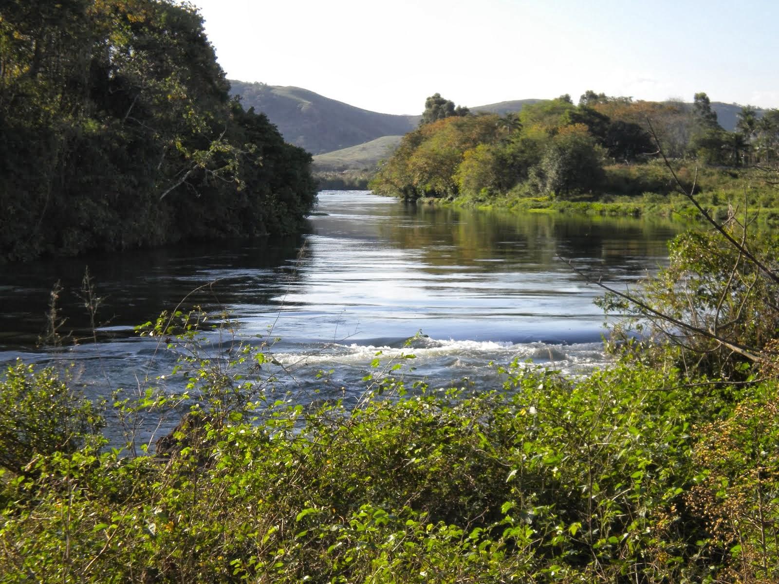 A Nossa Morada. ( Rio Guandu na altura de Eng. Pedreira ) foto Julinho Reciclaaação.