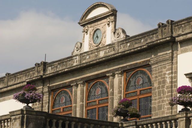 Explore Chapultepec Castle