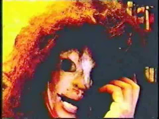 Los Perturbadores y Bizarros Videos de Shaye Saint John