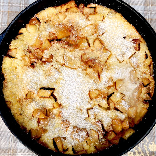 Oven Baked Dutch Apple Pancake from www.bobbiskozykitchen.com