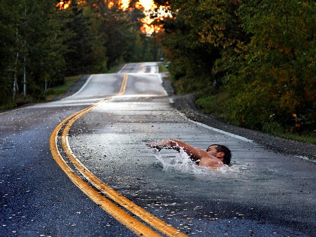 http://2.bp.blogspot.com/-gf57dr9EElw/T-r66Fy50YI/AAAAAAAAAoA/Dke3r4z0ZcM/s1600/Long_Distance_Swimmer_Wallpaper_i9sr0.jpg