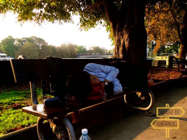 Dormi na praça em Viena