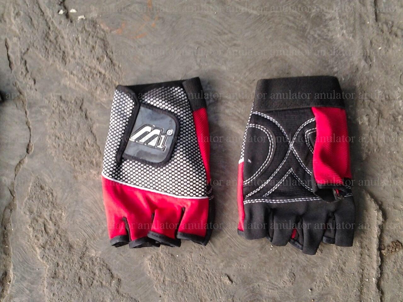 Glove M1 Half