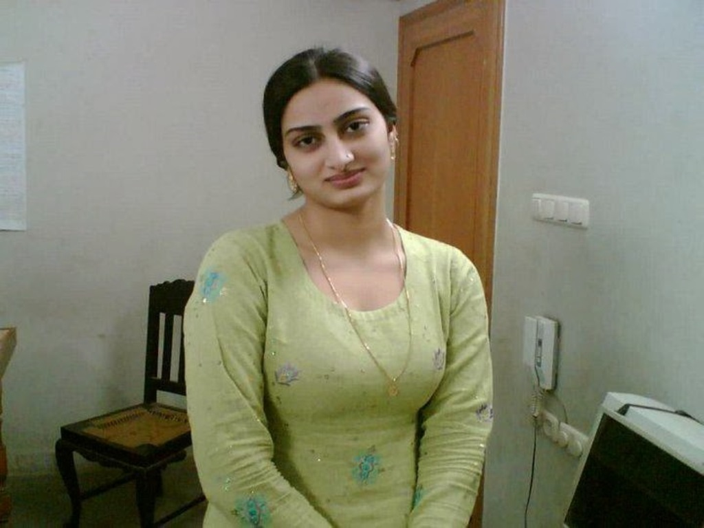 pakistani beautiful girls image