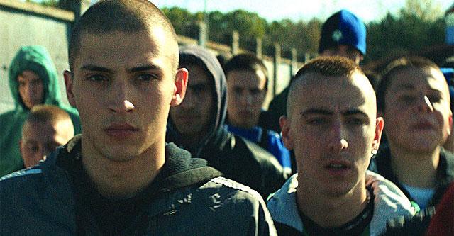 映画 バーバリアンズ セルビアの若きまなざし