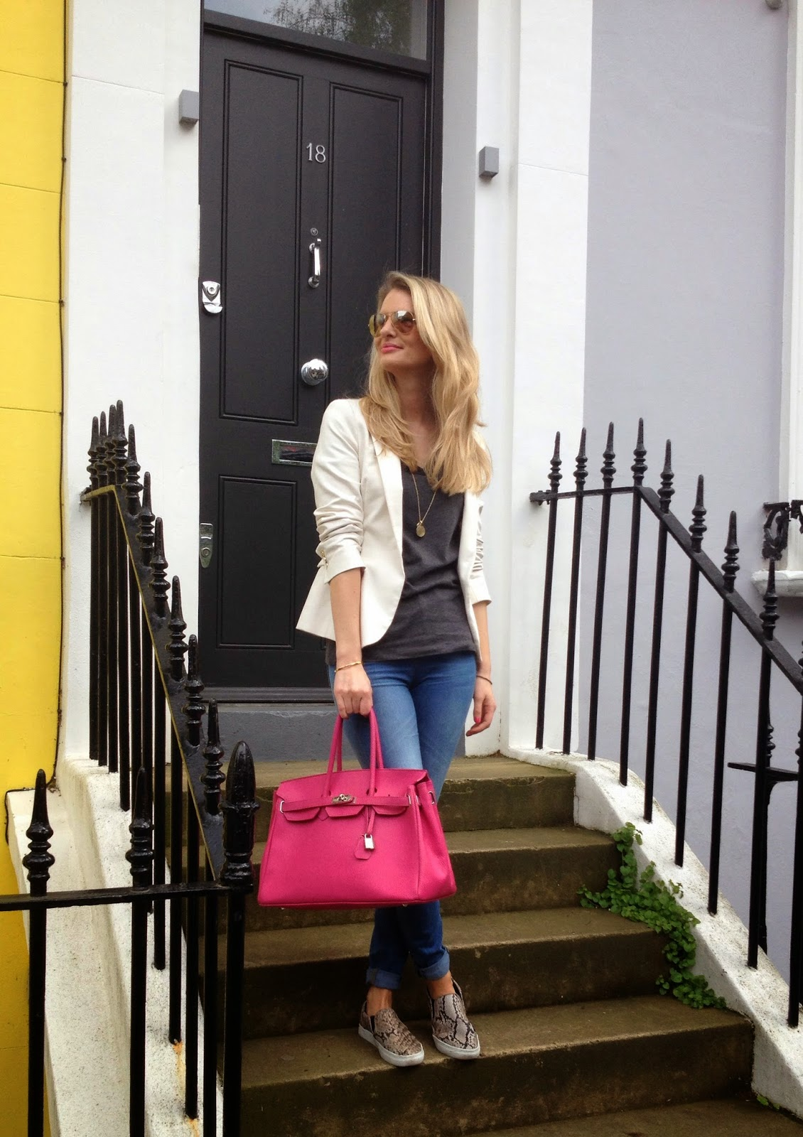 Notting hill, notting hill houses, white blazer, asos, asos jeans, skinny jeans, plimsolls, slipons, kelly bag, pink bag, pink oversize bag, hm, monica vinader, chrissabella, street style, london fashion bloger, look book 2014