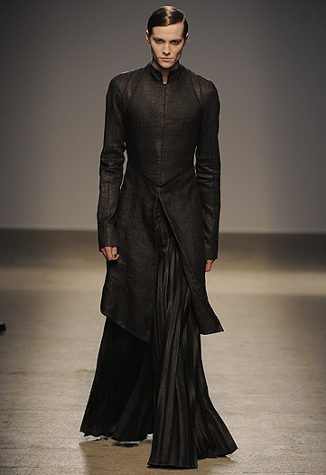 People Want To Know About The Latest Trends Of Gothic Dress Though This Line Clothing Came From A Different Period