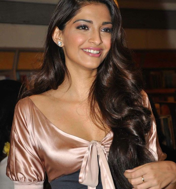 ... Hairstyle Ideas for Girls: Actress Sonam Kapoor Long Hairstyles