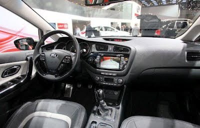 New 2013 Kia Cee'd SW interior design model 2012 Kia Cee'd SW release date
