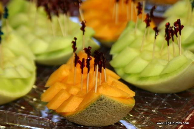 DigiCrumbs: Pineapple Boats & Melon Boats - Fun way to serve fresh ...