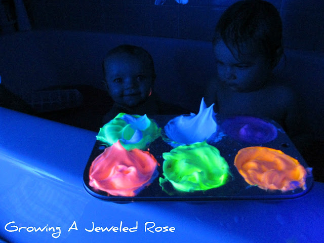 Glow bath