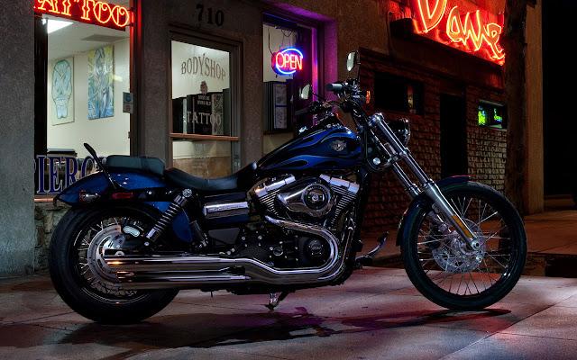 2012-Harley-Davidson-FXDWG-Dyna-Wide-Glide