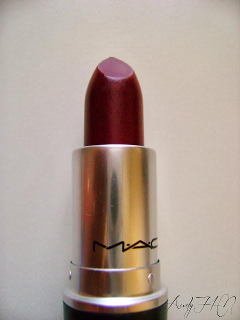 Le rouge à lèvres Diva - M.A.C