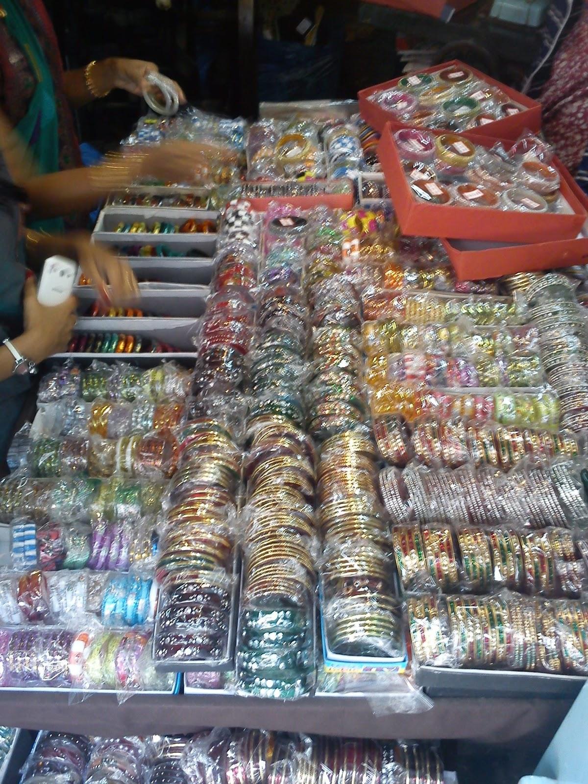 Tulsi Baug Ladies Shopping Market Pune Shop Till You Drop