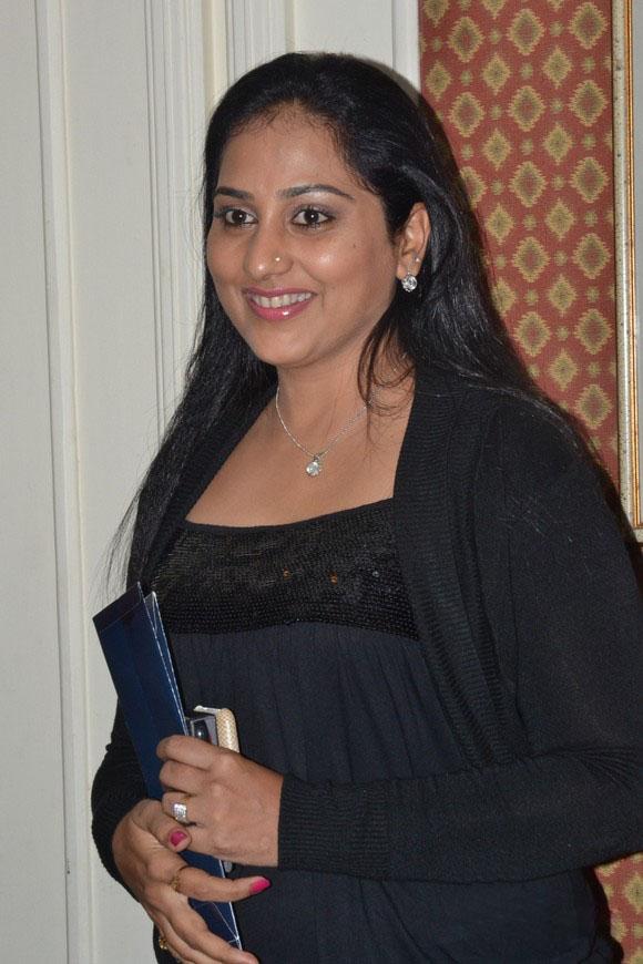 actress nude tv Gayathri