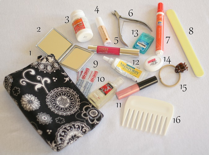 Cosmetic bag, MAC make-up, clinique, cosmetic bag essentials, style tips, beauty,