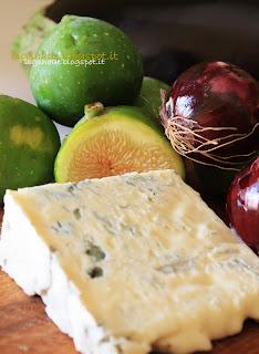 triangolini alle verdure e gorgonzola con chutney di fichi