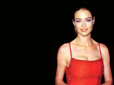Denise Richards HD Wallpaper