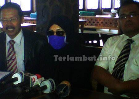 Wanita Berinisial R Pelapor Raffi Ahmad