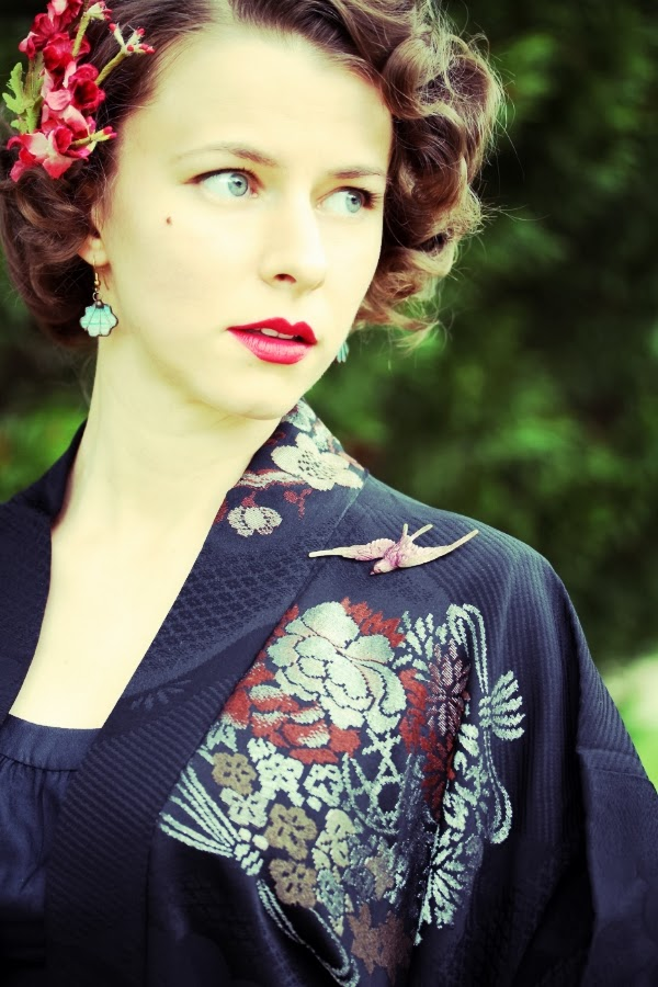 My Mid-Century Evening Out #1950s #fashion #1960s #vintage #style #kimono