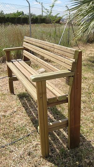 Actividades escolares bancos rusticos de madera muy - Banco madera jardin ...