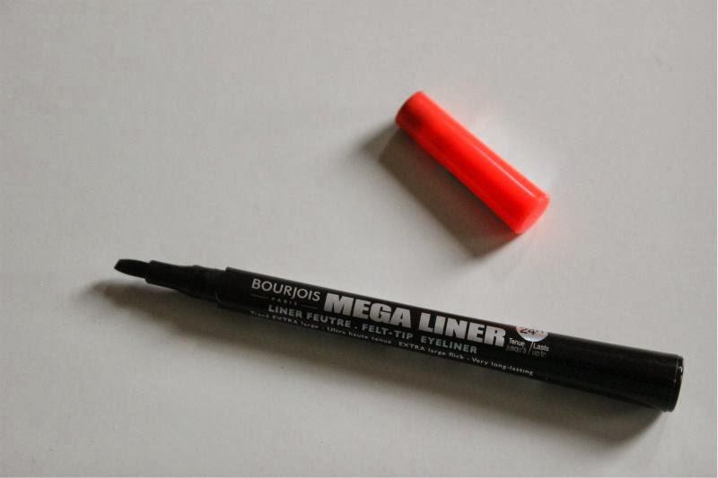 Bourjois Mega Liner in Dark Black