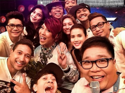 Vice Ganda returns to It's Showtine; takes selfie ala-Oscars too