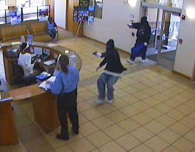 bank robbery in action - jokes