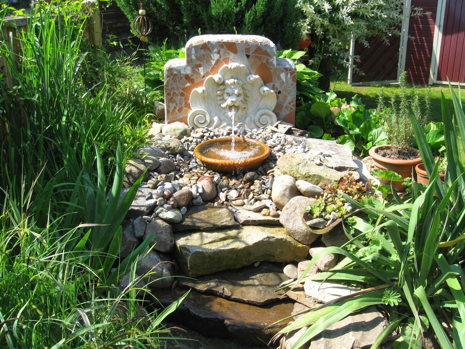 stadtlustgarten: teil iv projekt wasserspeier mit wasserfall, Hause und Garten