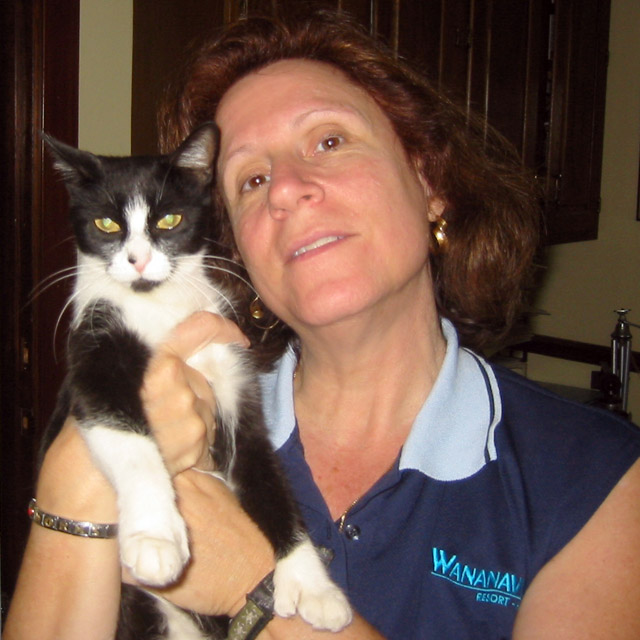 Miss Ivy with Leslie Harris July 2005