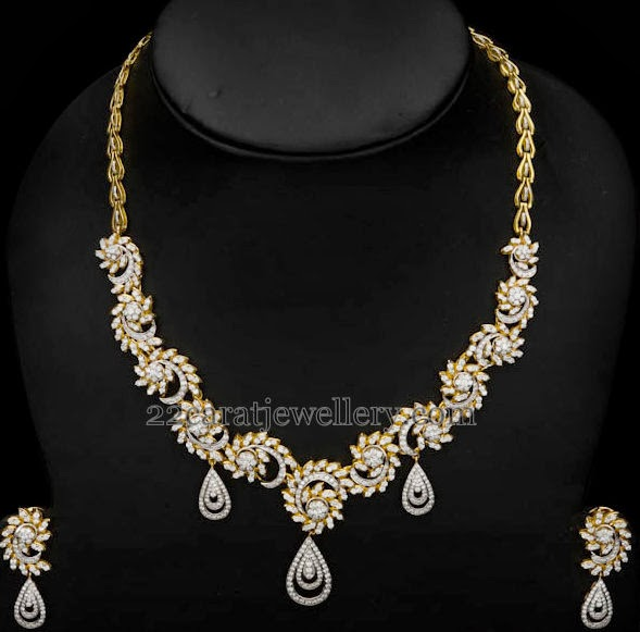 Spectacular Diamond Necklaces