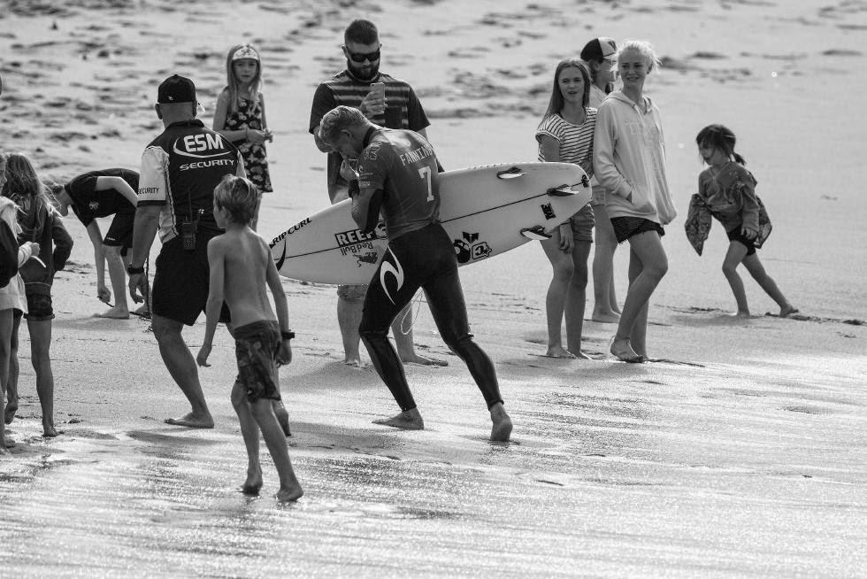 33 Rip Curl Pro Bells Beach 2015 Mick Fanning WSL Kelly Cestari